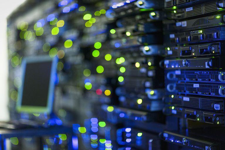 سوئیچ شبکه : آشنایی و انواع روش های سوئیچینگ